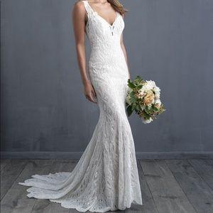 Allure couture C482 wedding dress